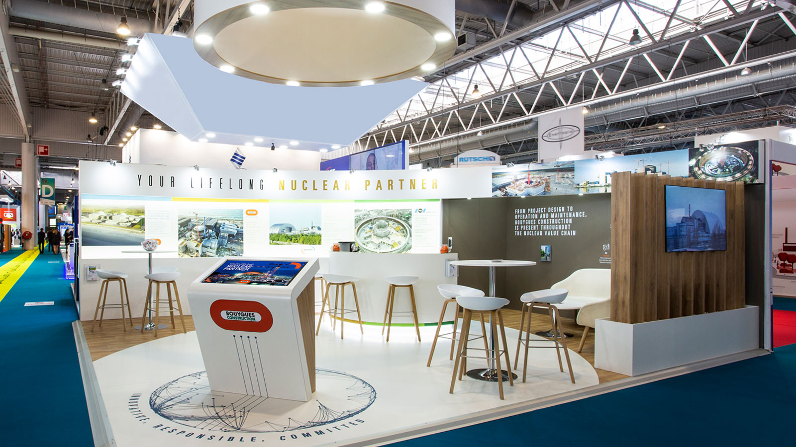 Stand-Design-Bouygues-Construction-WNE-Touchscreen