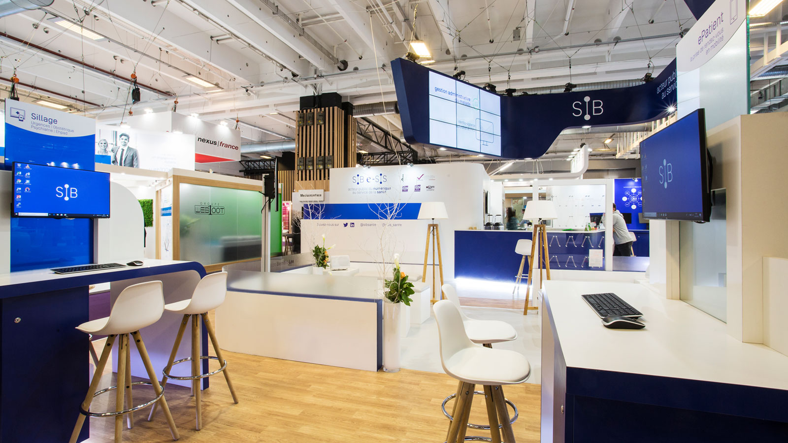 Stand-Design-SIB-PHW-Suspended-Screenwall