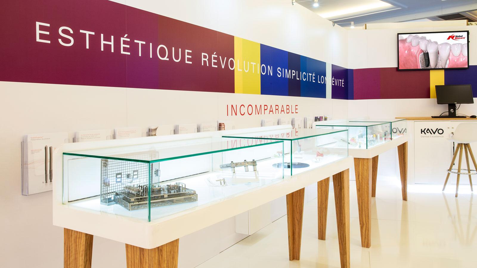 Stand-design-Nobel-Biocare-Dental-Product-Display