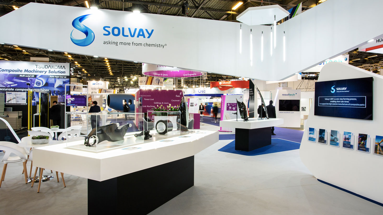Stand-Design-Solvay-JEC-Neon-Feature