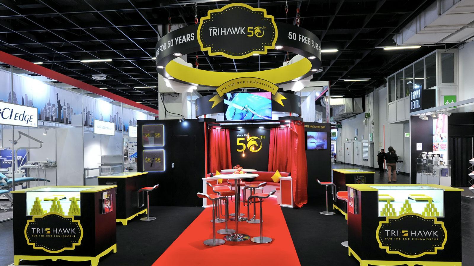 Stand-Design-Tri-Hawk-IDS-Circus