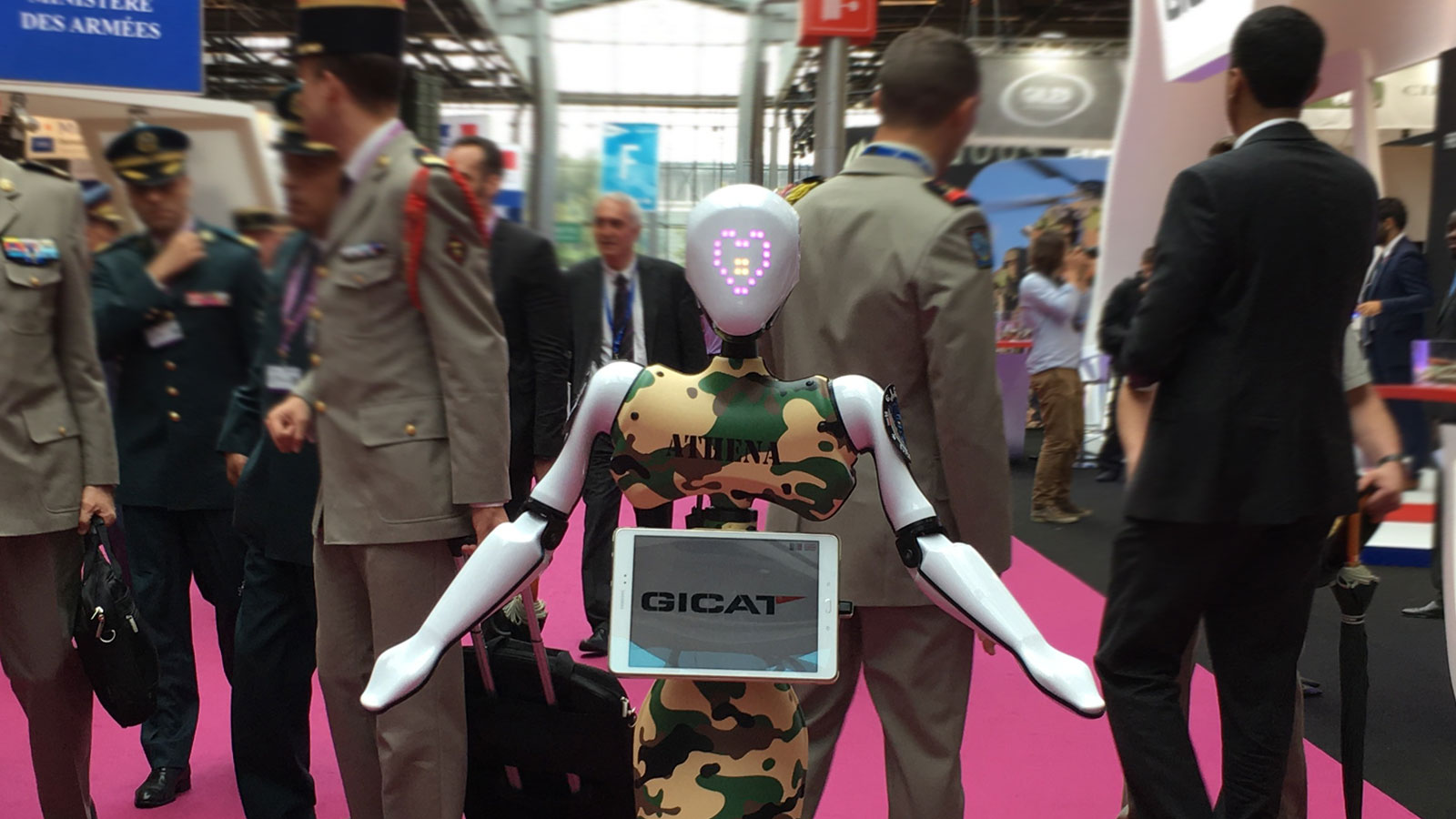 Stand-Gicat-Marketing-Robot