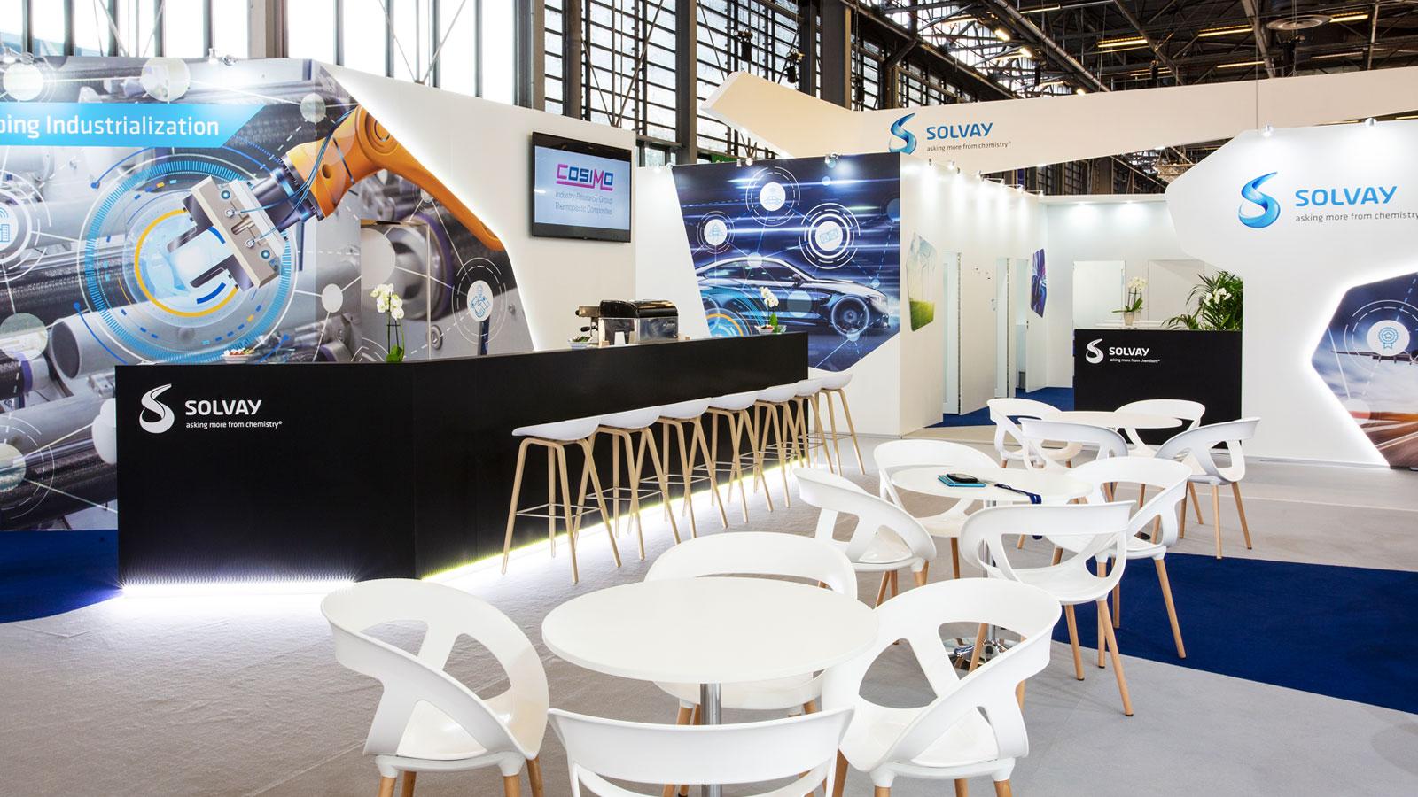 stand-evenementiel-Stand-Design-Solvay-JEC-Bar-Area